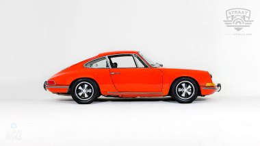1970-Porsche-911T-Tangerine-9110121262-Studio_003