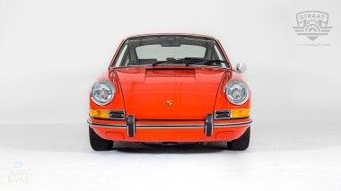 1970-Porsche-911T-Tangerine-9110121262-Studio_008