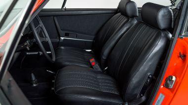 1970-Porsche-911T-Tangerine-9110121262-Studio_040