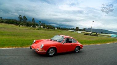 1970-Porsche-911T-Tangerine-9110121262-Track-Test_005