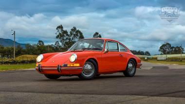 1970-Porsche-911T-Tangerine-9110121262-Track-Test_012
