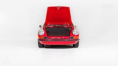 1971-Porsche-911S-Bahia-Red-9111300087-Studio_008