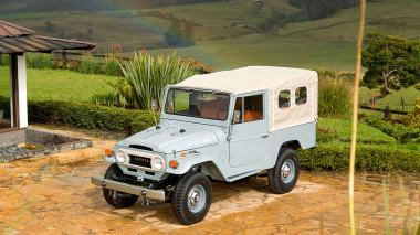 1971-Toyota-Land-Cruiser-FJ43-Grey-FJ43-22189-Outdoors_003