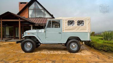 1971-Toyota-Land-Cruiser-FJ43-Grey-FJ43-22189-Outdoors_004