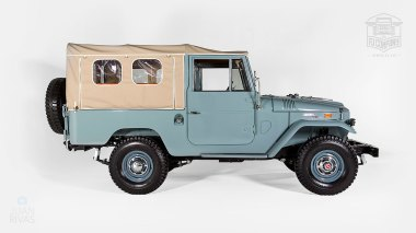 1971-Toyota-Land-Cruiser-FJ43-Grey-FJ43-22189-Studio_002