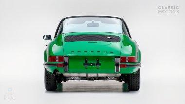 1972-Porsche-911E-Targa-Viper-Green-9112210761-Studio_003