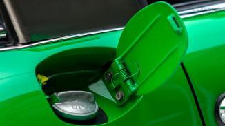 1972-Porsche-911E-Targa-Viper-Green-9112210761-Studio_022