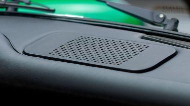 1972-Porsche-911E-Targa-Viper-Green-9112210761-Studio_033