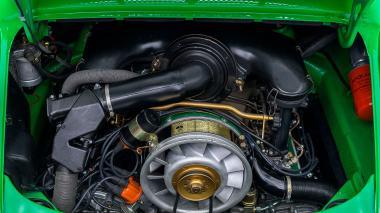 1972-Porsche-911E-Targa-Viper-Green-9112210761-Studio_055