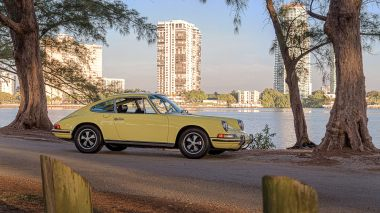 1972-Porsche-911T-Yellow-9112100826-Outdoors_013