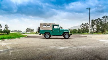 1972-Toyota-Land-Cruiser-FJ43-Rustic-Green-FJ43-377783-Outdoors_005