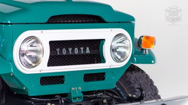 1972-Toyota-Land-Cruiser-FJ43-Rustic-Green-FJ43-377783-Studio_015