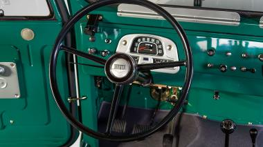 1972-Toyota-Land-Cruiser-FJ43-Rustic-Green-FJ43-377783-Studio_027
