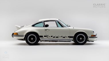 1973-Porsche-911-Carrera-RS-Coupe-Light-Ivory-6630393-Studio-002