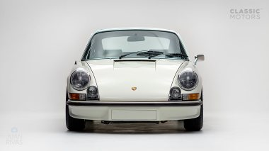 1973-Porsche-911-Carrera-RS-Coupe-Light-Ivory-6630393-Studio-006