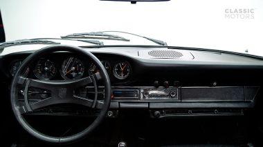 1973-Porsche-911-Carrera-RS-Coupe-Light-Ivory-6630393-Studio-014