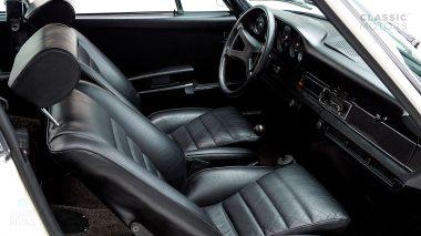 1973-Porsche-911-Carrera-RS-Coupe-Light-Ivory-6630393-Studio-020
