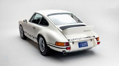1973-Porsche-911-RS-White-9113601382-Studio-008