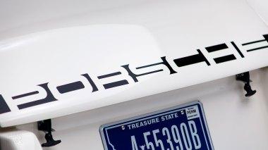 1973-Porsche-911-RS-White-9113601382-Studio-010