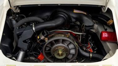 1973-Porsche-911-RS-White-9113601382-Studio-029