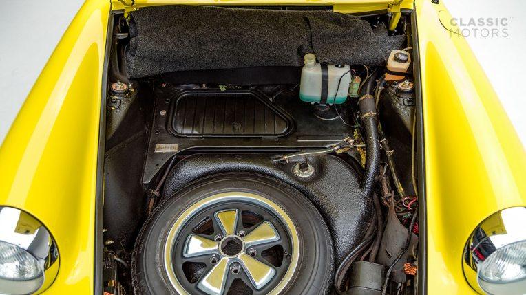 1973-Porsche-911E-Targa-Yellow-9113210103-Studio_047