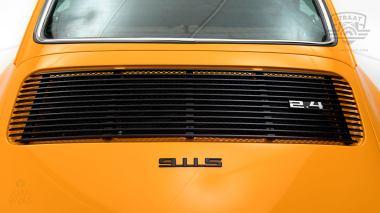 1973-Porsche-911S-Signal-Yellow-9113301160-Studio-025