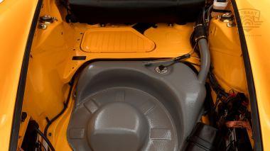 1973-Porsche-911S-Signal-Yellow-9113301160-Studio-041