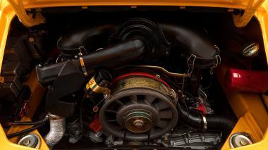 1973-Porsche-911S-Signal-Yellow-9113301160-Studio-042