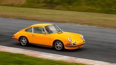 1973-Porsche-911S-Signal-Yellow-9113301160-TrackTest-Tocancipa-091
