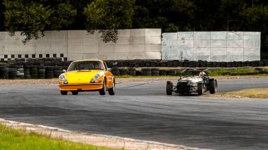 1973-Porsche-911S-Signal-Yellow-9113301160-TrackTest-Tocancipa-099