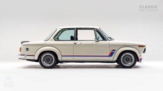 1974-BMW-2002-Turbo-White-4290868-Studio_002