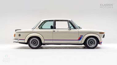 1974-BMW-2002-Turbo-White-4290868-Studio_002