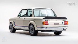 1974-BMW-2002-Turbo-White-4290868-Studio_004
