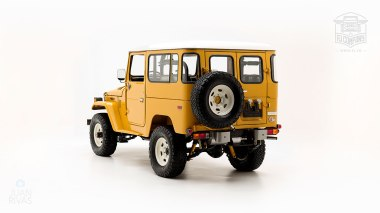 The-FJ-Company-1977-FJ40-Land-Cruiser---Yellow-249508---Studio_005