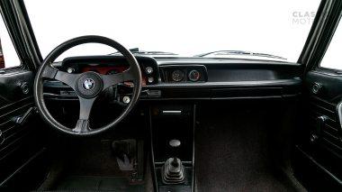 1974-BWM-2002-Turbo-White-4291062-Studio_022
