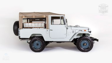 1974-Toyota-Land-Cruiser-FJ43-Orange-FJ43-30275-Studio_002