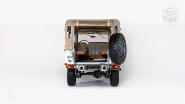 1974-Toyota-Land-Cruiser-FJ43-Orange-FJ43-30275-Studio_005