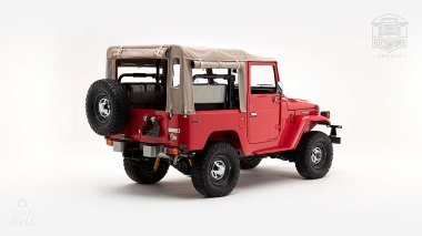 1976-FJ40-219472-Freeborn-Red-LFE-070---Craig-Localio-Studio-003