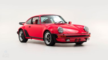 1977-Porsche-911-Turbo-Carrera-Coupe-Guards-Red-9307800696-Studio-001