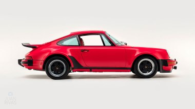 1977-Porsche-911-Turbo-Carrera-Coupe-Guards-Red-9307800696-Studio-002