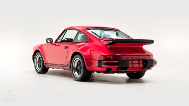 1977-Porsche-911-Turbo-Carrera-Coupe-Guards-Red-9307800696-Studio-005