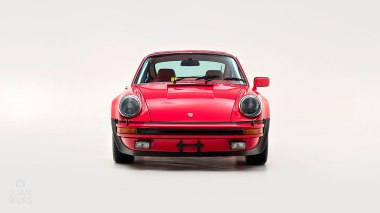 1977-Porsche-911-Turbo-Carrera-Coupe-Guards-Red-9307800696-Studio-008