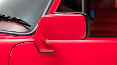 1977-Porsche-911-Turbo-Carrera-Coupe-Guards-Red-9307800696-Studio-014
