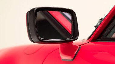 1977-Porsche-911-Turbo-Carrera-Coupe-Guards-Red-9307800696-Studio-015