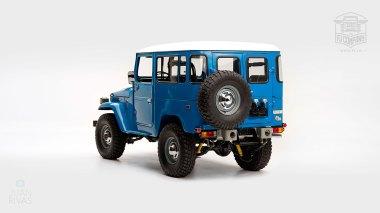 1978-Toyota-Land-Cruiser-FJ40-Sky-Blue-FJ40-265788-Studio_004