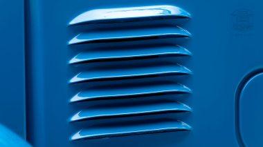 1978-Toyota-Land-Cruiser-FJ40-Sky-Blue-FJ40-265788-Studio_014
