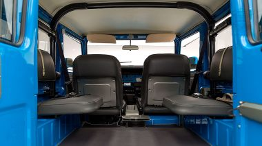 1978-Toyota-Land-Cruiser-FJ40-Sky-Blue-FJ40-265788-Studio_033