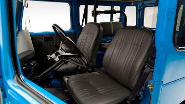 1978-Toyota-Land-Cruiser-FJ40-Sky-Blue-FJ40-265788-Studio_068