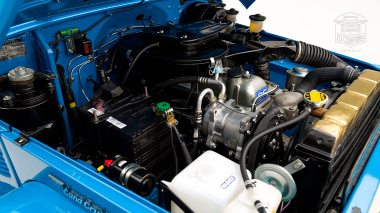 1978-Toyota-Land-Cruiser-FJ40-Sky-Blue-FJ40-265788-Studio_071