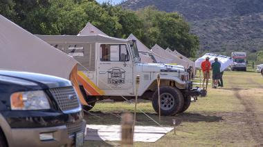 1980-Toyota-Land-Cruiser-FJ43-White-Rally-Car-FJ43-362230-Overland_013